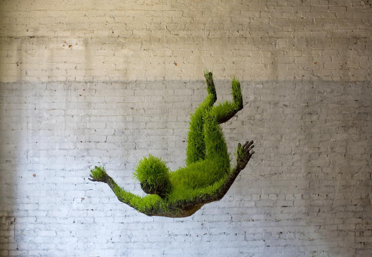 mathilde_roussel_lives_of_grass_01